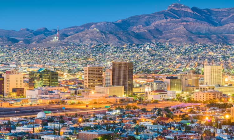 The El Paso skyline with mountains in the background