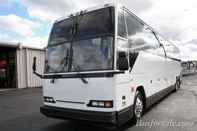 Prevost buses for sale shofur market for Prevost motor coach sales